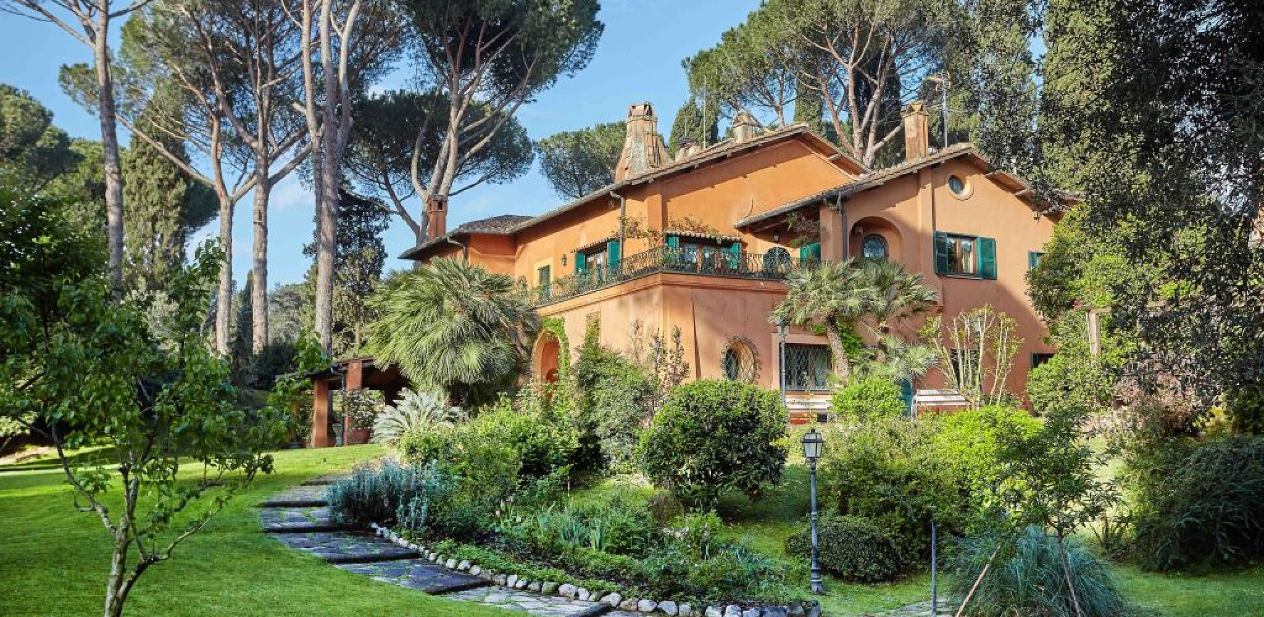 000.Villa Caetana . Ext